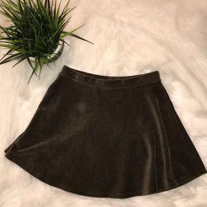 Forever 21 olive green skater skirt size medium